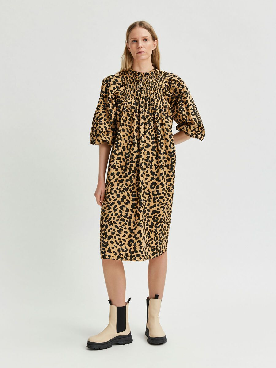 Selected LEOPARD PRINT SMOCK DETAIL DRESS, Croissant, highres - 16081421_Croissant_886005_003.jpg